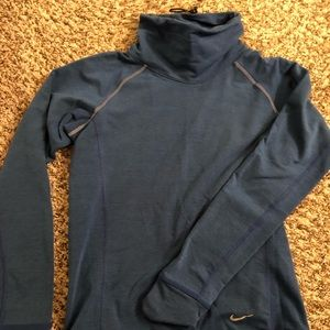 Nike winter running long sleeve shirt